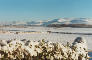 View towards Snowdonia taken at 1400 GMT on 28 December. Photo: © 2000: D. Perkins