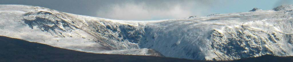 Sprinkling of snow on the Carneddau Mountains, Wales.